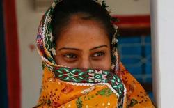 Ấn Độ: Chồng đòi ly hôn sau khi phát hiện vợ mọc râu, giọng nói ồm ồm như đàn ông