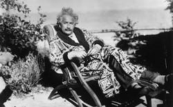 CHÍNH THỨC: Chứng minh được thuyết tương đối của Einstein ở mức độ thiên hà