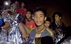 [CHÍNH THỨC] Xác nhận 12 cầu thủ đội bóng Thái Lan cùng huấn luyện viên đã thoát ra khỏi hang an toàn!