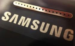 """Samsung không làm mới quá nhiều cho S9 và Note9 là để dành sức cho """"cú đấm"""" quyết định vào iPhone năm tới?"""