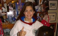 Nữ phi hành gia 17 tuổi này đang được NASA đào tạo để trở thành người đầu tiên đặt chân lên sao Hỏa