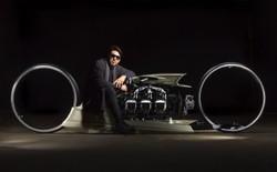 """Thích thú với chiếc xe máy có vẻ ngoài như bước ra từ phim """"TRON"""" và vận hành bằng động cơ máy bay"""