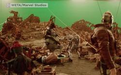 """Hậu trường Avengers: Infinity War: New York hoá ra là khu studio bé tí, biệt đội Avengers """"bắt nạt"""" hình nộm Thanos"""