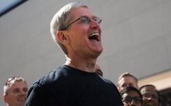 """Hàng loạt nhân viên của Tesla chuyển đến Apple, nơi Elon Musk gọi là """"nghĩa địa Tesla"""""""