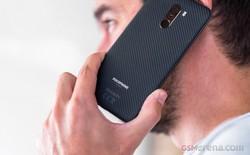 "Video: ""Mổ bụng"" smartphone rẻ nhất sở hữu Snapdragon 845 - Pocophone F1"
