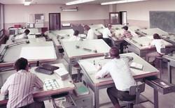 Sự khổ sở của dân thiết kế trước khi có AutoCAD được thể hiện qua 15+ bức ảnh cũ kỹ từ những năm 1970