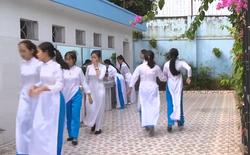 Nhà vệ sinh xịn như khách sạn 5 sao của học sinh Quảng Ninh: Bên ngoài là dàn hoa ngát hương, bước vào trong nhạc du dương tự động bật
