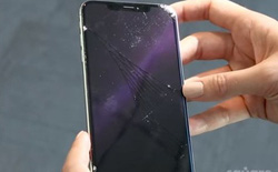 Thử độ bền iPhone XS/XS Max: rất dễ nứt vỡ khi rơi, giá sửa máy tương đương mua mới Galaxy S8 chính hãng