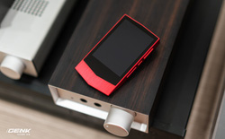 """Đập hộp máy nghe nhạc Cowon Plenue V: Thiết kế hơi dị, nhạc nặng 1GB vẫn chơi """"Easy"""""""