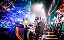 """""""Đôi bạn cùng tiến"""" PC và eSport phát triển mạnh mẽ, mở ra những cơ hội và thách thức mới trong tương lai"""