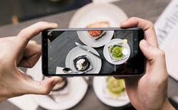 """Cùng chiến hữu """"ăn cả Hà Nội"""" dưới ống kính Galaxy A8"""