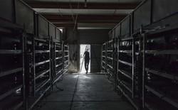 Trung Quốc hạn chế điện năng cung cấp cho các mỏ đào Bitcoin, thợ mỏ thi nhau chạy ra nước ngoài