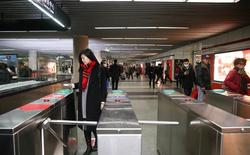 Trung Quốc chính thức triển khai cổng soát vé tàu tự động bằng QR code tại Thượng Hải