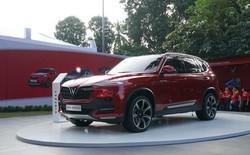SUV VinFast Lux SA2.0 trình diện khách hàng Việt, giá từ 1,136 tỷ đồng