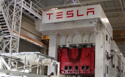 Tesla nghiêm túc vào cuộc, tập trung kiếm tiền, lạnh lùng sa thải 9% nhân sự để cắt giảm chi phí