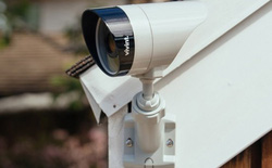 [CES 2018] Ứng dụng này sẽ cho phép bạn xem camera giám sát của nhà hàng xóm