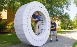 Góc rảnh rỗi: Lắp 36 hộp iMac rỗng thành bánh xe khổng lồ để nghịch cho vui