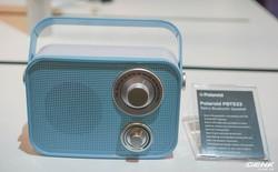 [CES 2019] Ngắm nhìn chiếc loa không dây kiêm đài radio 'giả cổ' đến từ Polaroid