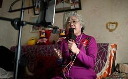 Trung Quốc: Không riêng giới trẻ, các cụ cũng livestream