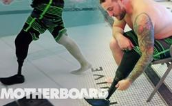 """[Vietsub] Đây là """"Vây cá"""", chân giả hai trong một cho phép người tàn tật bơi lội như bình thường"""