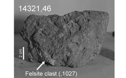 Nghiên cứu gây tranh cãi: viên đá cổ nhất Trái Đất đã được lấy về từ Mặt Trăng