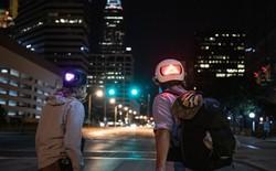 Apple nay bán cả mũ bảo hiểm thông minh cho người đi xe đạp, tích hợp đèn LED báo rẽ