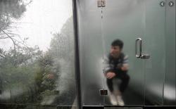 Trung Quốc: Đi tè quá 15 phút sẽ bị trí tuệ nhân tạo gọi người tới bắt