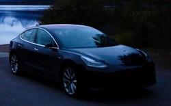 Đây là chiếc Tesla Model 3 đầu tiên cán mốc 100.000 dặm, và chỉ mất 500 USD thay thế phụ tùng