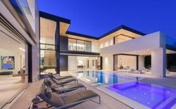 Bên trong căn hộ ở Hollywood có giá thuê 12.000 USD một đêm trên ứng dụng Airbnb