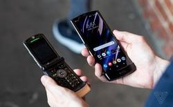 Sở hữu thiết kế màn hình gập đầy ấn tượng, nhưng Motorola RAZR 2019 sẽ khó thành công vì điểm yếu chí mạng sau