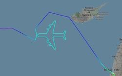 """Hãng hàng không Israel chia tay phi đội """"chim sắt"""" bằng cách chẳng giống ai: điều hướng cho chiếc 747 vẽ hình máy bay trên trời"""