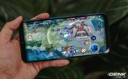 """Chiến Liên Quân Mobile, Asphalt 9 cả ngày với Galaxy M30s: Viên pin 6000mAh """"thần thánh"""" đến mức nào?"""