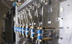 IBM công bố thành tựu mới: Pin làm từ nước biển sạc được 80% trong 5 phút, hiệu năng tốt hơn, an toàn hơn