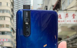 """Vivo V15 Pro lộ ảnh trên tay với 3 camera chính cùng hệ thống camera selfie """"thò thụt"""" 32MP"""