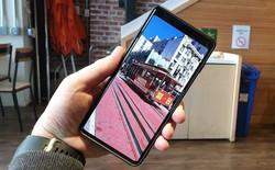 """Galaxy S10 có tùy chọn """"ẩn nốt ruồi"""", ẩn xong trông không khác gì Bphone 3"""