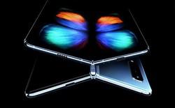 """Sự ra đời của Galaxy Fold là lời nhắn nhủ tới cho Apple: """"Thay đổi hay là chết?"""""""