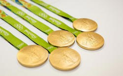 Tin vui cho môi trường: toàn bộ huy chương của Olympic 2020 sẽ được làm từ các vật dụng tái chế