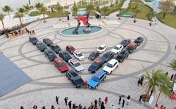 Dàn xe VinFast xếp thành hình chữ V khổng lồ - biểu tượng cho tinh thần mãnh liệt Việt Nam