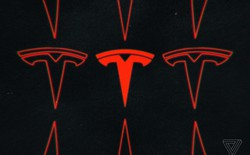 Để cắt giảm chi phí, Tesla sẽ đóng cửa phần lớn cửa hàng và chỉ bán xe online