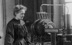 Đọc cuối tuần: Marie Curie và những người phụ nữ chở tia X vào Thế chiến thứ nhất