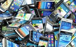 1 tấm ảnh GIF tóm gọn 24 năm thị trường di động: Samsung và Apple đã đá bay tượng đài Nokia, Motorola như thế nào