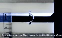 Corning giới thiệu kính cường lực có thể uốn cong, mảnh ghép còn thiếu của Samsung Galaxy Fold và Huawei Mate X