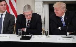 Tổng thống Mỹ Donald Trump trìu mến gọi nhầm tên CEO Apple là 'Tim Apple'