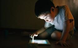 WHO cấm trẻ dưới 2 tuổi tiếp xúc với màn hình điện tử