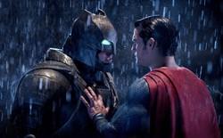 """Thêm nửa cân i-ốt cũng không đỡ nổi những hành động """"thông minh"""" trong 8 phim siêu anh hùng này"""