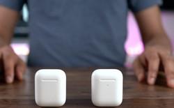 """CEO Tim Cook gọi AirPods là """"một hiện tượng văn hóa"""" và Apple đang cố gắng để theo kịp nhu cầu"""
