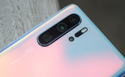 Một số cửa hàng điện thoại Singapore từ chối thu mua lại smartphone Huawei