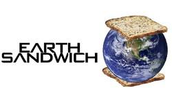 Yêu địa lý, 2 thanh niên trên reddit hẹn nhau làm bánh mì kẹp Trái Đất và thu hút gần 130.000 upvotes