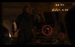 Cảnh phim vô lý nhất tập 3 mùa 8 Game of Thrones: Hóa ra Westeros cũng có chuỗi cửa hàng cà phê takeaway!