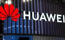 Ông Trump nói sẽ cho phép các công ty Mỹ tiếp tục bán hàng cho Huawei